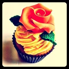 mama tea birthday cake
